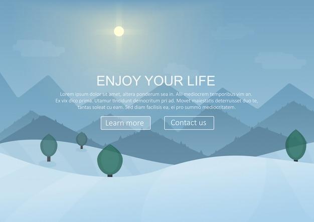 Inverno paesaggio di montagna sullo sfondo