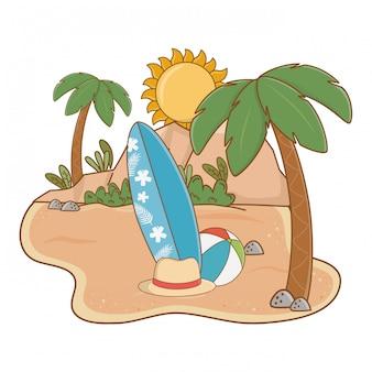 Isola estiva e spiaggia con tavolo da surf