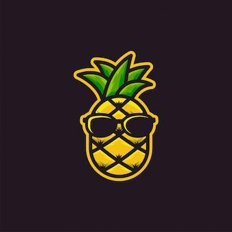 Ispirazione logo design ananas eccezionale