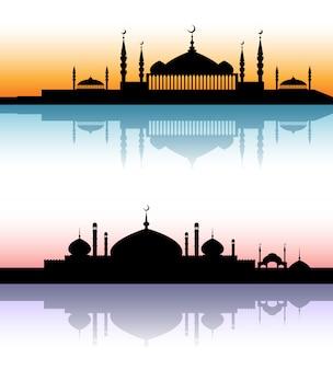 L'architettura della moschea profila i paesaggi urbani del tramonto