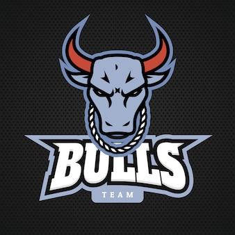 L'icona di logo del toro capo progetta con la catena sul vettore del collo