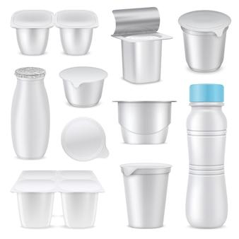 L'insieme d'imballaggio bianco in bianco realistico isolato del yogurt ha messo con le forme e l'illustrazione differenti di vettore del volume