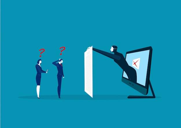 L'uomo d'affari e la donna che guardano fuori la fattura lunga con il pirata informatico rubano i dati personali
