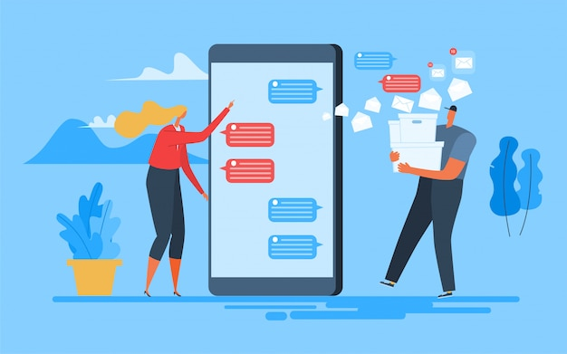 La donna invia applicazioni mobili di testo.