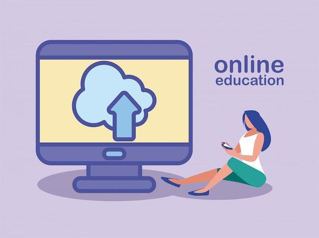 La donna invia informazioni al cloud del computer