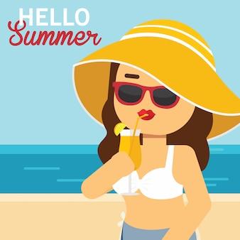 La donna va a viaggiare in vacanza estiva, donna che beve bevanda tropicale vicino al mare
