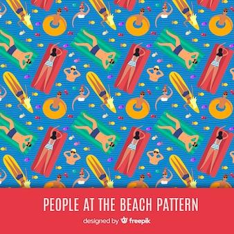 La gente al modello di spiaggia