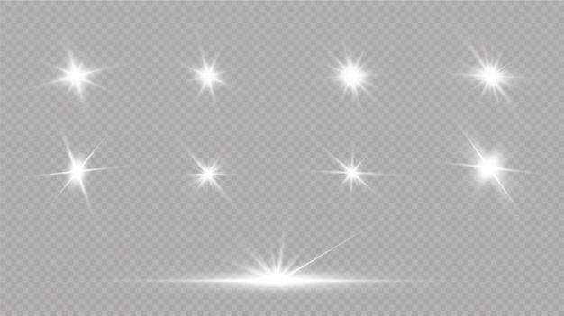 La luce bianca incandescente esplode su uno sfondo trasparente. con raggio. sole splendente trasparente, lampo luminoso. effetto luce riflesso lente speciale.