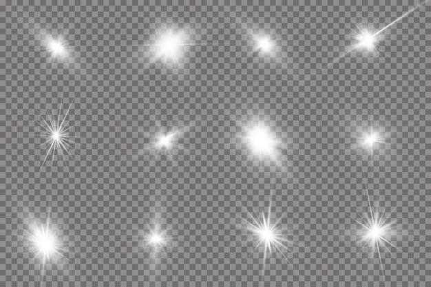 La luce bianca incandescente esplode su uno sfondo trasparente. con raggio.
