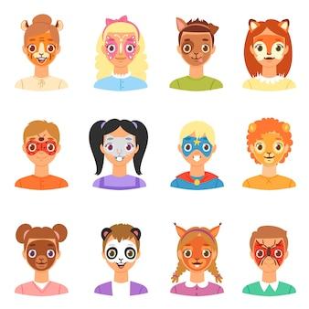 La pittura del fronte scherza il ritratto dei bambini di vettore con trucco facciale ed il carattere del ragazzo o della ragazza con il cane di gatto di facepaint animalistic variopinto per l'insieme dell'illustrazione del partito isolato