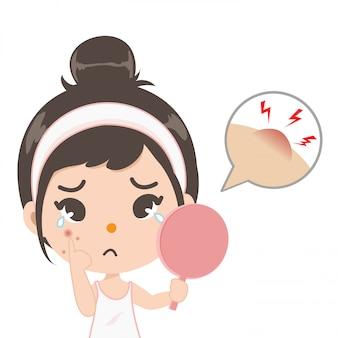 La ragazza dell'acne splende nello specchio.