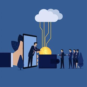 La squadra di affari ottiene la moneta sul portafoglio dalla metafora del telefono del pagamento in linea.