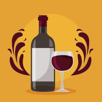La tazza di vetro della bottiglia di vino spruzza