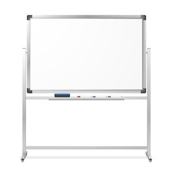 Lavagna magnetica di cancellazione a secco mobile in bianco isolata su bianco. scheda portatile realistica con supporto rotante. la gomma e pennarelli neri, rossi e blu.