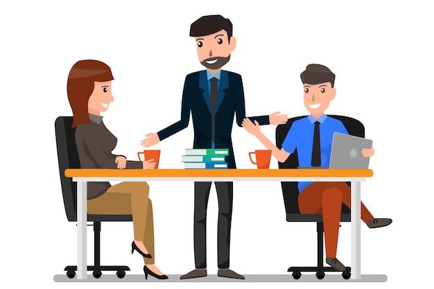 Lavoro di squadra e comunicazione tra colleghi