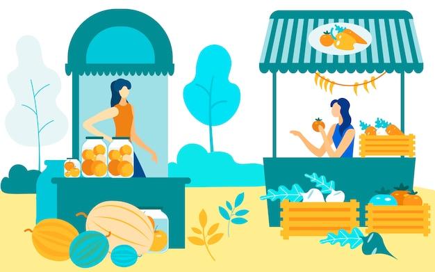 Le donne siedono agli scaffali vendono il mercato degli agricoltori delle colture