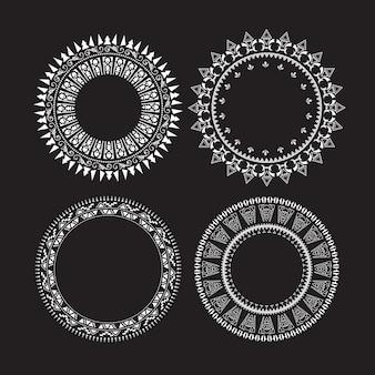 Le etichette del cerchio d'annata hanno impostato i telai rotondi