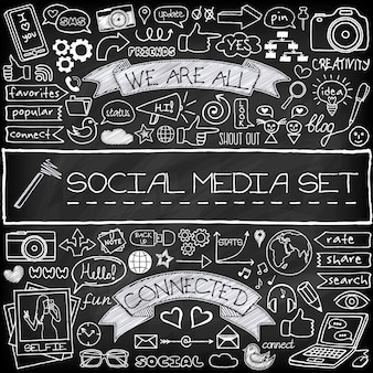 Le icone sociali di media di scarabocchio hanno messo con effetto della lavagna
