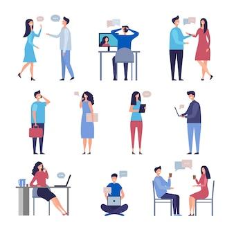 Le persone parlano. caratteri di vettore di chiacchierata della comunità di discussione di affari di chiacchierata online di web isolati