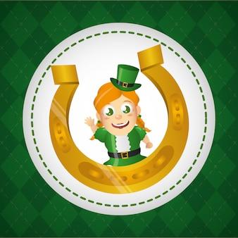Leprechaun irlandese con ferro di cavallo dorato