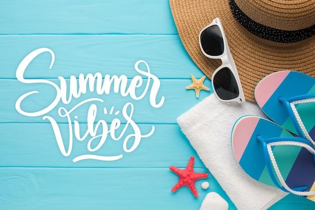 Lettering estivo con foto delle vacanze