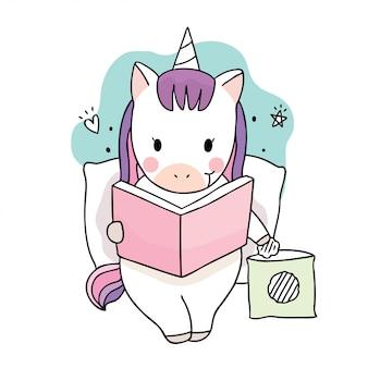 Libro di lettura dolce sveglio degli unicorni del fumetto.