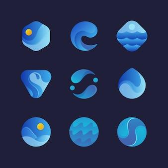 Loghi delle onde di acqua di mare, emblemi blu dell'estratto della spruzzata dell'onda. set isolato