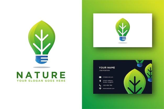 Logo astratto della lampadina e della foglia e modello del biglietto da visita