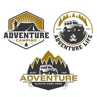 Logo avventura, foresta di montagna e auto fuoristrada, campeggio escursionistico