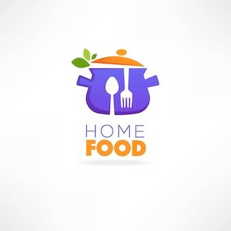 Logo dell'alimento domestico, immagine della pentola, cucchiaio, forchetta ed erbe fresche