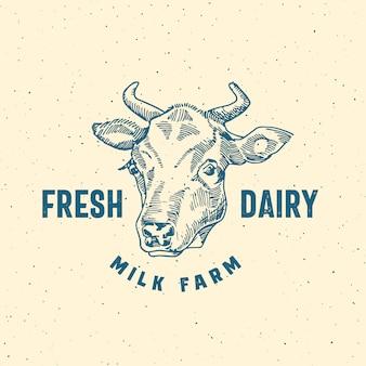 Logo di fattoria di latte fresco