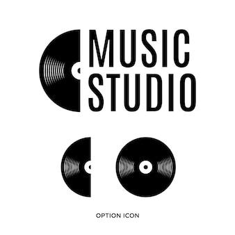 Logo musicale con elemento a disco, ispirazione concetto di design