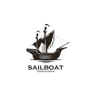 Logo silhouette vintage barca a vela