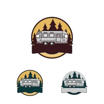 Logo vacanza in campeggio