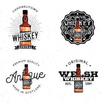 Logotipi a tema whisky, badge, etichette, loghi, elementi di design, basati sulla bottiglia di whisky dettagliata del fumetto.