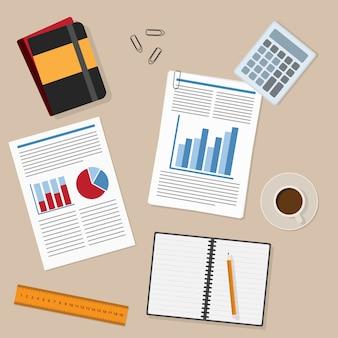 Luogo di lavoro dell'ufficio ed elementi di lavoro aziendali: carta, matita, righello, report, tazza di tè / caffè, documenti, blocco note e così via.
