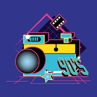 Macchina fotografica degli anni novanta retrò