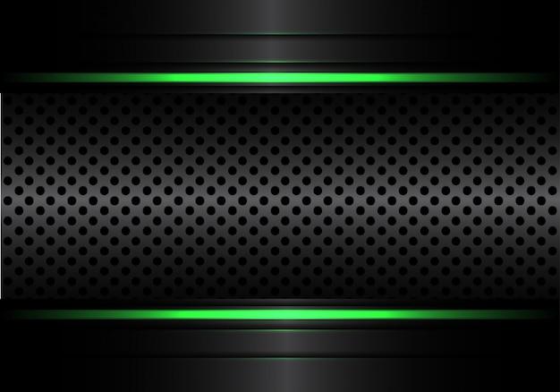 Maglia metallica nera circolare con sfondo chiaro linea verde