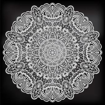 Mandala floreale in bianco e nero