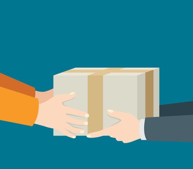 Mano degli uomini consegna e ricezione del pacchetto