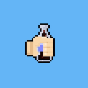 Mano di arte del pixel che tiene un'icona.8bit della bottiglia della cola.
