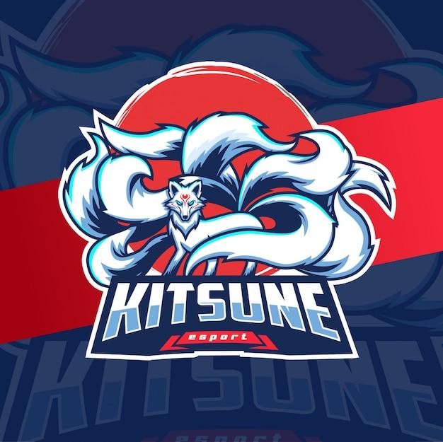 Mascotte kitsune esport logo volpe bianca con nove code