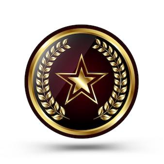 Medaglia d'oro del vincitore isolata su bianco