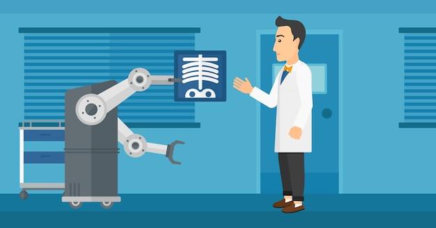 Medico che esamina radiografia con l'aiuto del robot.