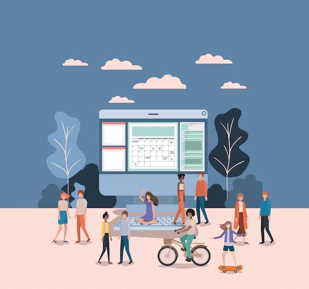 Mini persone che lavorano sul desktop del computer