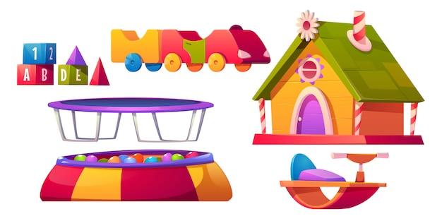 Mobilia e attrezzatura della stanza dei giochi dei bambini messe isolate