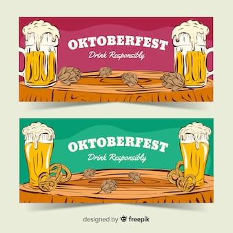Modelli di banner più oktoberfest disegnati a mano