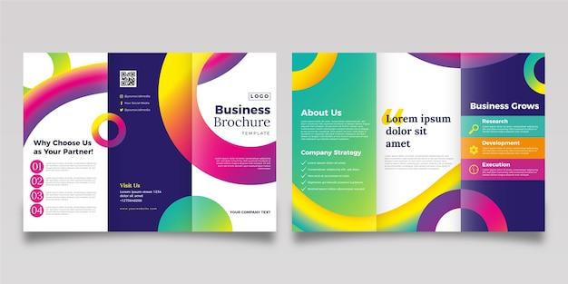 Modello astratto a tre ante brochure