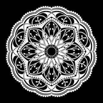 Modello bianco della mandala su fondo bianco