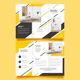 Modello di brochure a tre ante con foto